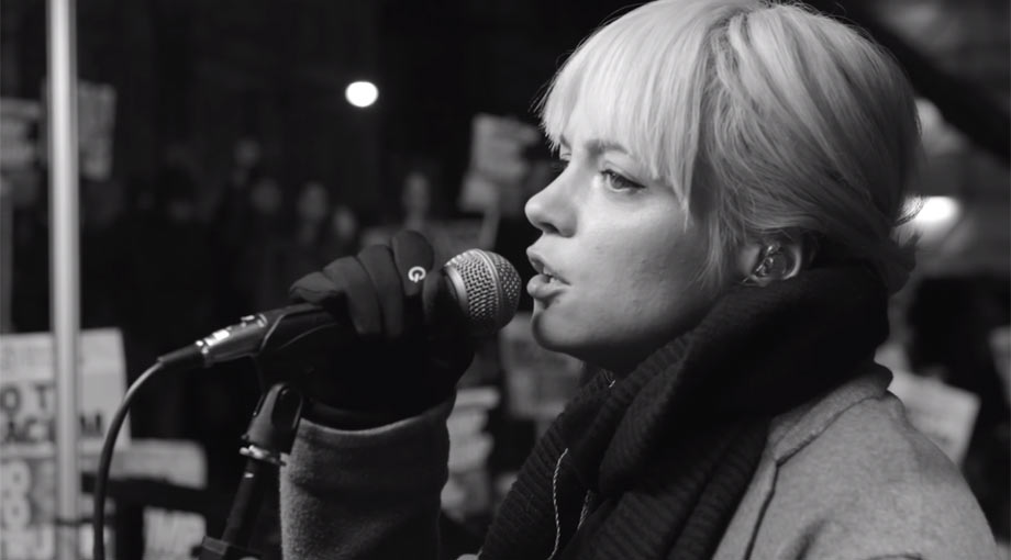 Lily Allen - Going To A Town