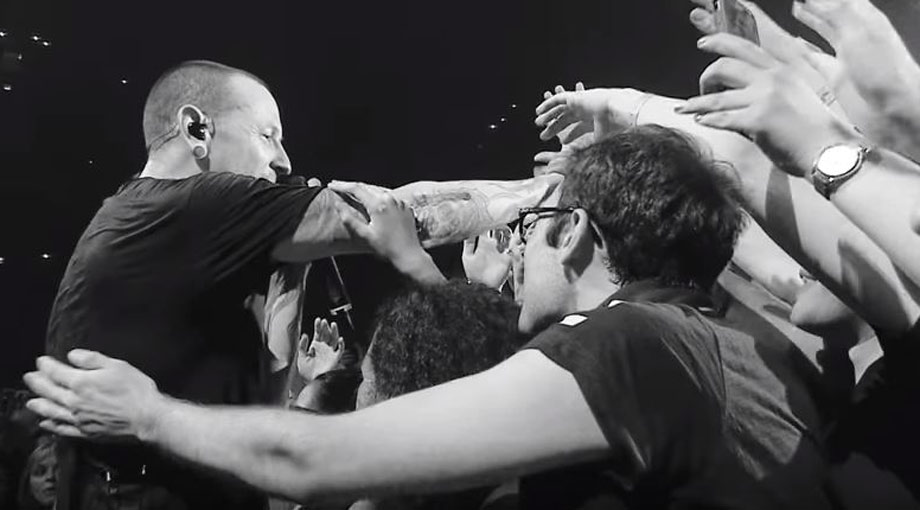 Linkin Park - Crawling (One More Light Live) Video Video