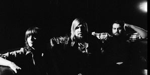 Interview with Band Of Skulls at Glastonbury Festival 2010