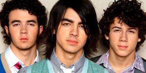 Jonas Brothers - When You Look Me In The Eyes and Burnin Up