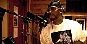 R Kelly, Rise Up, Video Stream
