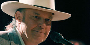 Neil Young, Live At Massey Hall, Old Man, Video Stream