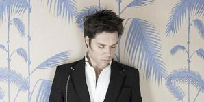 Rufus Wainwright, Going To A Town Video Stream