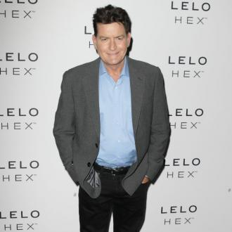 Charlie Sheen offers tips to Lindsay Lohan