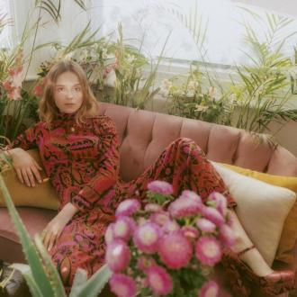 Gabrielle Aplin almost called it quits after 2017 Japan tour