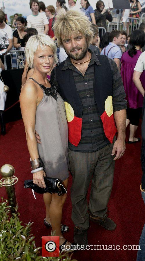 Xavier Rudd and Sally Cooper  2007 ARIA...