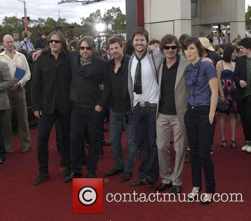 Powderfinger and Missy Higgins  2007 ARIA -...