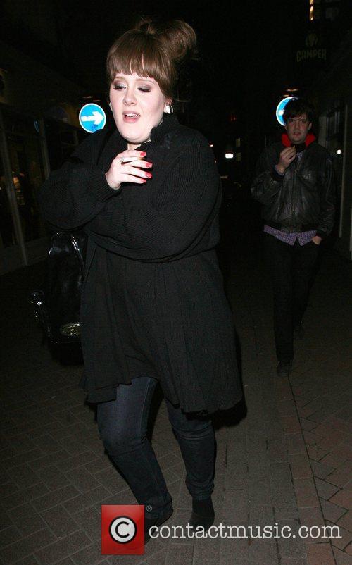 adele leaving 24 nightclub 1826019