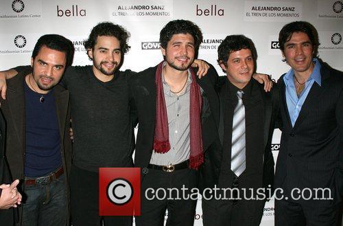 Manny Perez and Alejandro Sanz 5
