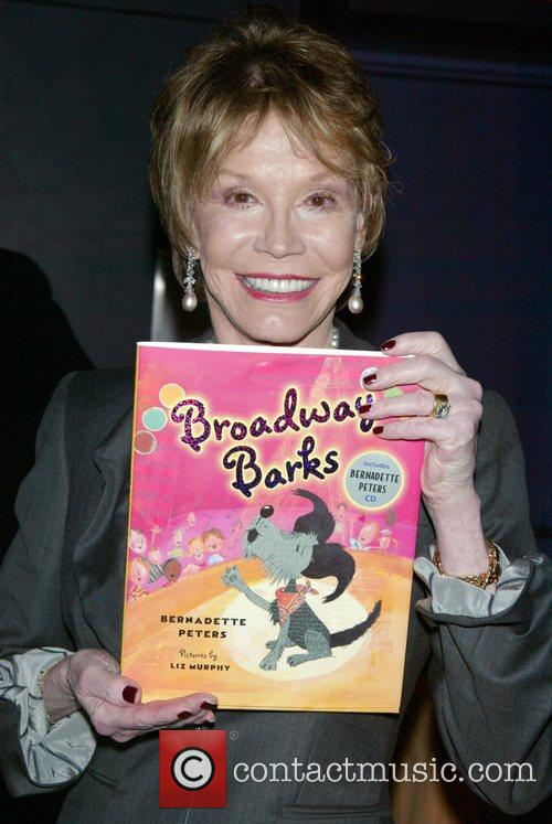 Mary Tyler Moore and Bernadette Peters 6