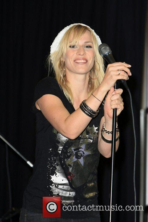 Natasha Bedingfield and Las Vegas 9