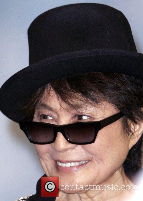 Yoko Ono, John Lennon and Las Vegas 6