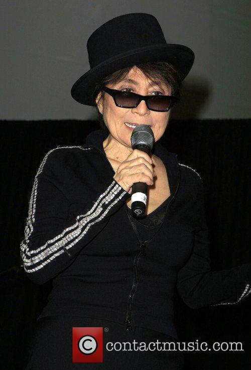 Yoko Ono, John Lennon and Las Vegas 9
