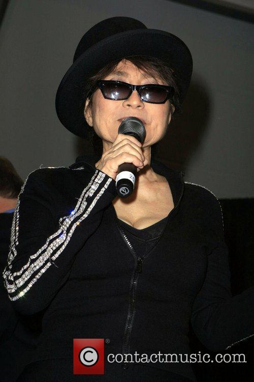 Yoko Ono, John Lennon and Las Vegas 10