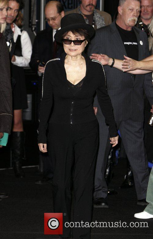 Yoko Ono, John Lennon and Las Vegas 1