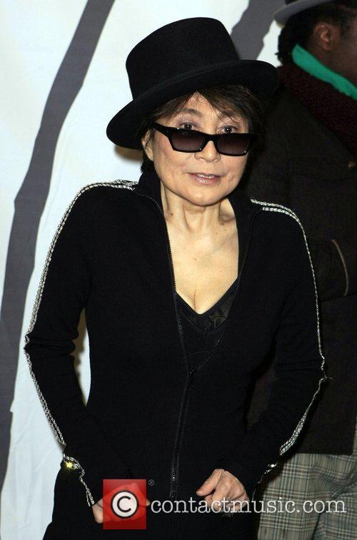 Yoko Ono, John Lennon and Las Vegas 2