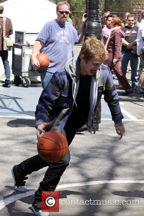 Hayden Christensen Plays basketball on film set for...
