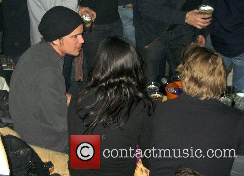 Josh Hartnett, The Bravery and Velvet Revolver 8