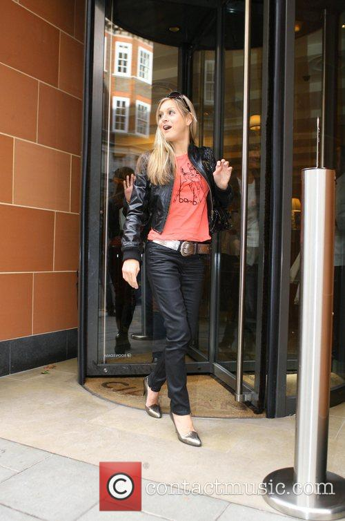 Nikki Grahame leaving a lunch meeting at Cipriani...