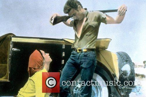 Elizabeth Taylor and James Dean 2