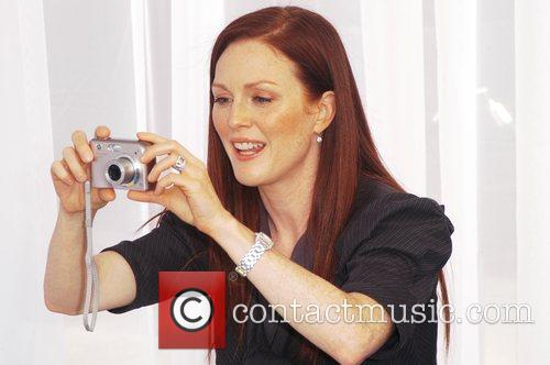 Julianne Moore launches 'Power of Parents' program supported...