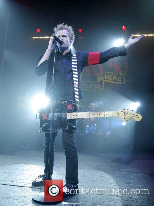Deryck Whibley Live