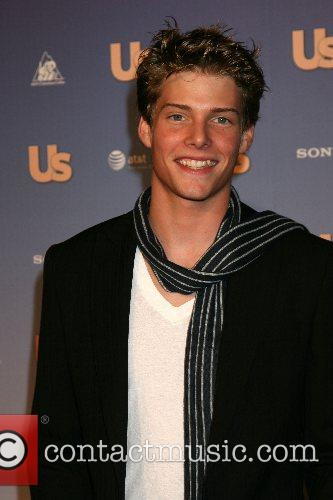 Hunter Parrish 7