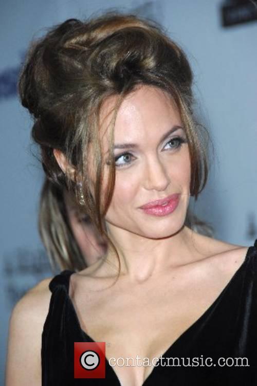 Angelina Jolie 43