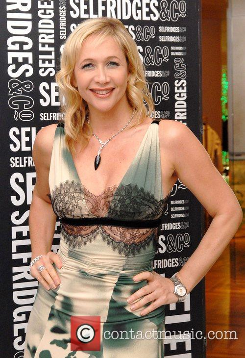 Tania_bryer_hosts_action_on_addiction_charity_event_in_selfridge 2