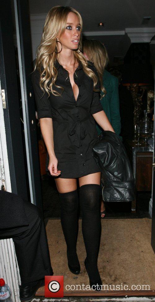 Lauren pope adee phelan salon launch party 2 pictures for Adee phelan salon