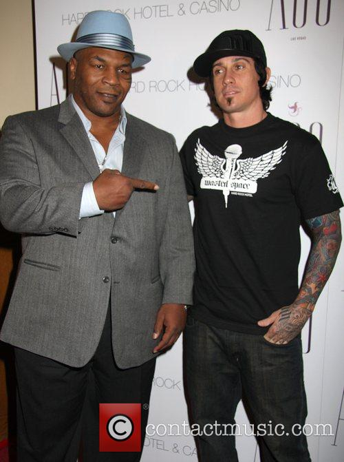 Mike Tyson and Carey Hart 1