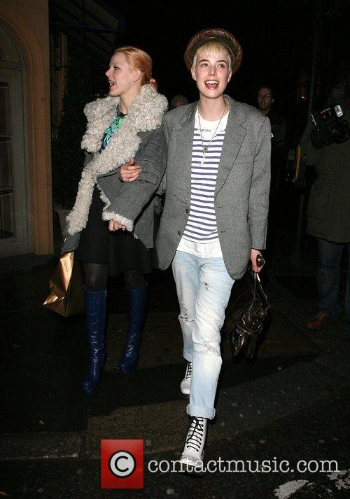 agyness deyn at mulberry space presents: gethin moller unfolded   private view 1790440
