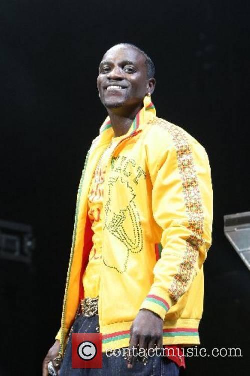 Akon 12