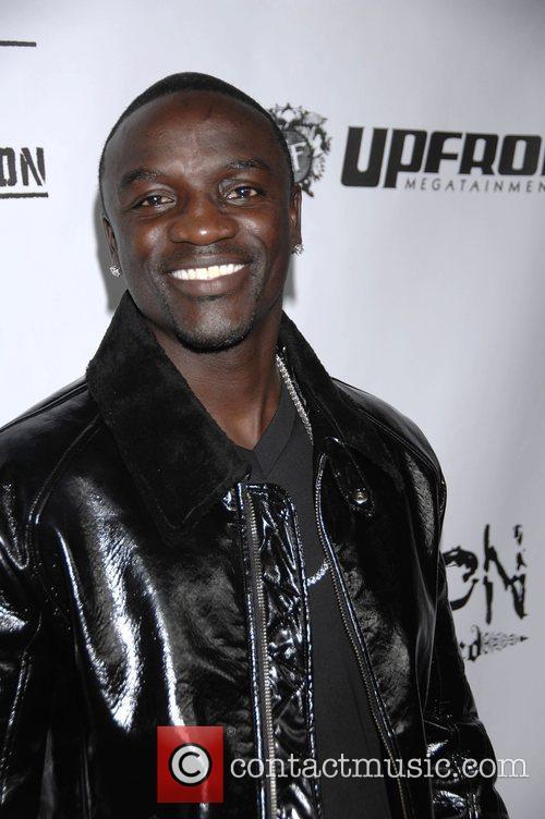 Akon 5