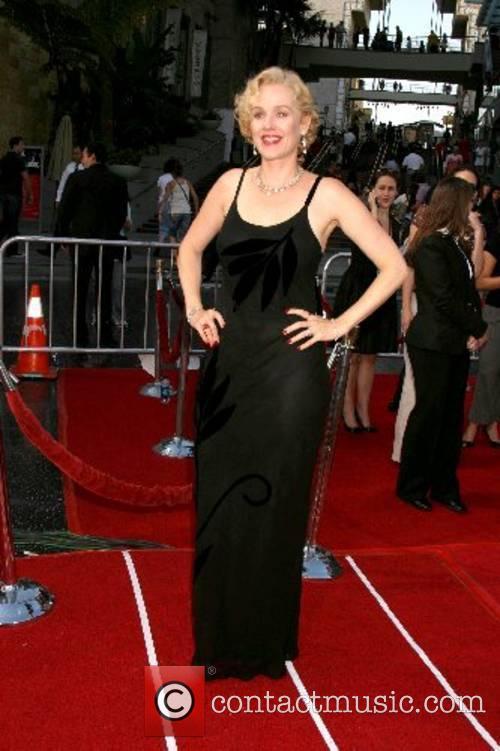 Penelope Ann Miller 8
