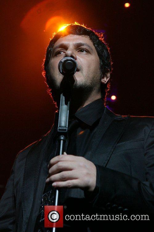 Alejandro Sanz 4