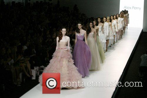 Models Alex Perry Spring/Summer 2008/09 Collection - Catwalk...
