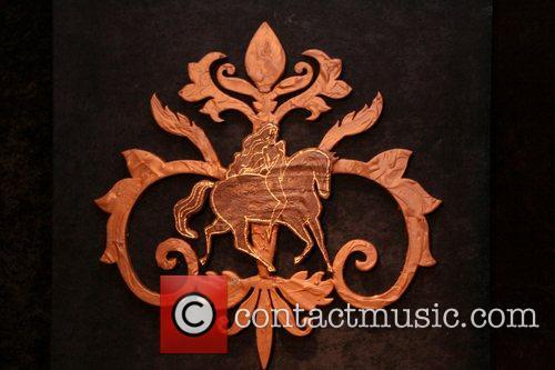 Chocolate Godiva logo 'Heroes' star Ali Larter unveils...