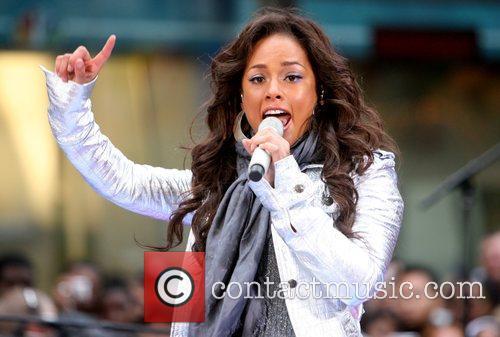 Alicia Keys 36