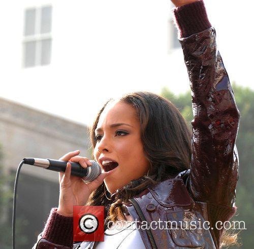 Alicia Keys 41