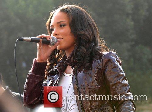 Alicia Keys 30