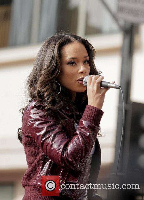 Alicia Keys 54