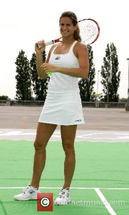 Amelie Mauresmo and Wimbledon 2