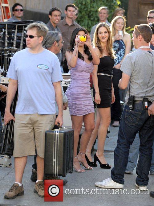 Kim Kardashian and Adrian Grenier 10
