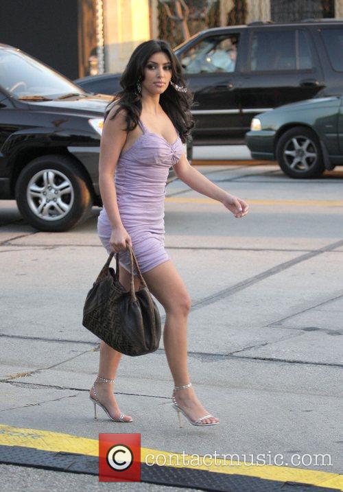 Kim Kardashian and Adrian Grenier 12