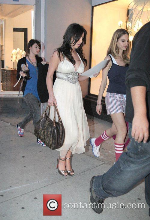 Kim Kardashian and Adrian Grenier 7