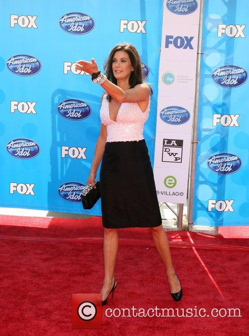 Teri Hatcher and American Idol 2