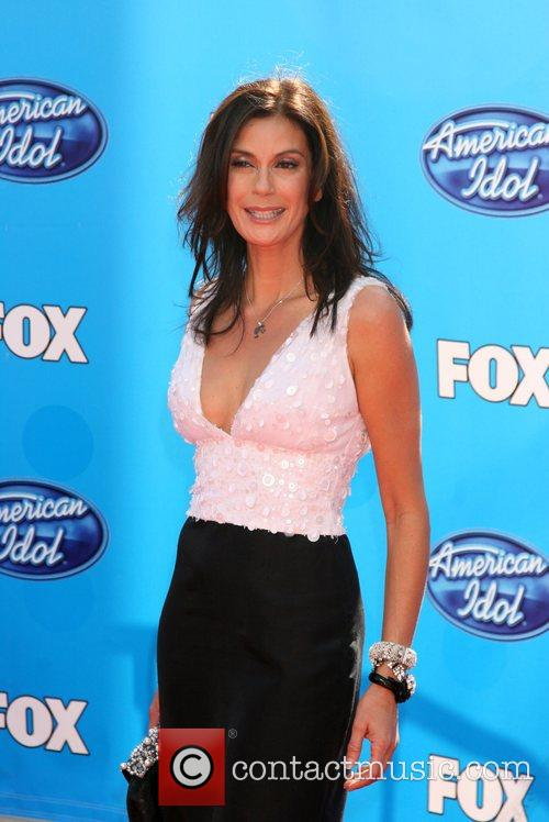Teri Hatcher and American Idol 5