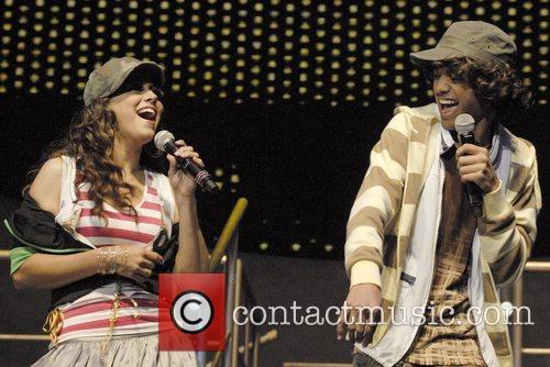Performing at American Idols Live concert