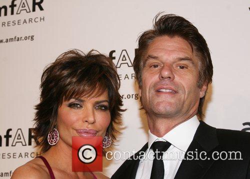 Lisa Rinna and Harry Hamlin amfAR 2008 New...